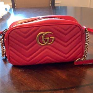 Authentic GUCCI GG Marmont Matelassé Bag